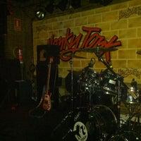 Foto tomada en Honky Tonk Bar por Javier C. el 5/31/2013
