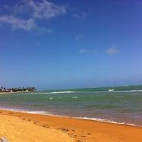 Foto tirada no(a) Praia de Tabuba por Mariana A. em 9/10/2013