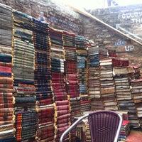 Photo taken at Libreria Acqua Alta by 👑 Davide F. on 4/27/2013