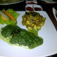 Photo taken at Aloha Aina Chef Dimas -Refined Hawaiian Cuisine by Chef Dimas Soeyono. by Stephanie Marcia B. on 11/22/2012