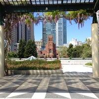 4/21/2013 tarihinde Scott W.ziyaretçi tarafından Yerba Buena Gardens'de çekilen fotoğraf