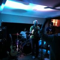 Photo taken at Atol Music Bar by Rameiro N. on 10/27/2013