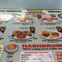 Photo taken at Waffle House by Bob H. on 9/4/2014