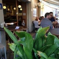 Foto tomada en Cafe Bar Roy por Rodrigo C. el 6/12/2013