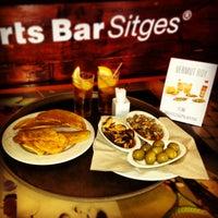 Das Foto wurde bei Sports Bar Sitges von Rodrigo C. am 4/26/2013 aufgenommen