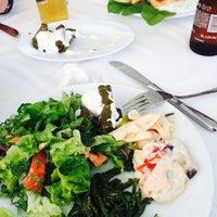 4/29/2014 tarihinde Erkan H.ziyaretçi tarafından Gemibaşı Restaurant'de çekilen fotoğraf