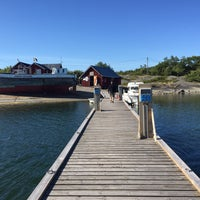 Photo taken at Sandvik Gästhamn by Matilda A. on 6/15/2016