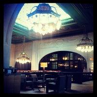 Das Foto wurde bei Starbucks von Julia F. am 11/25/2012 aufgenommen