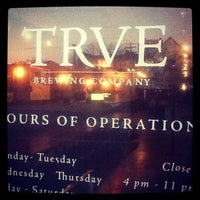 Photo prise au TRVE Brewing Co. par Colorado Card le1/6/2013