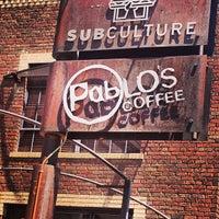 Das Foto wurde bei Pablo's Coffee von Colorado Card am 6/28/2013 aufgenommen