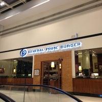 Photo taken at General Prime Burger by Henrique S. on 5/4/2013