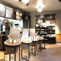 Photo taken at Starbucks by Tarik F. on 1/23/2018