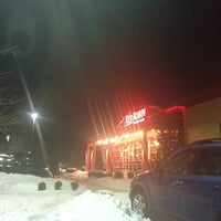 Photo taken at Red Robin Gourmet Burgers by Sean N. on 12/29/2012