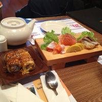 Photo taken at Hatsu Tei Teppanyaki & Sushi by Dina H. on 8/25/2013