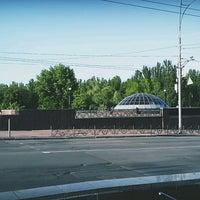 Photo taken at Зупинка «Станція метро «Дорогожичі» by Vladimir G. on 5/14/2017