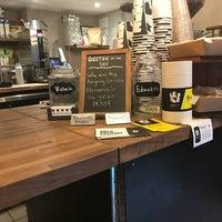 รูปภาพถ่ายที่ Birch Coffee โดย Jackie HJ C. เมื่อ 7/28/2018
