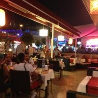 Photo taken at Ginger Chinese Restaurant by Serdar Selda S. on 7/22/2013