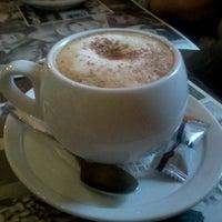 Снимок сделан в CoffeeLove пользователем Alisa B. 1/3/2013