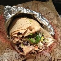 รูปภาพถ่ายที่ Chipotle Mexican Grill โดย Brendan D. เมื่อ 2/23/2013