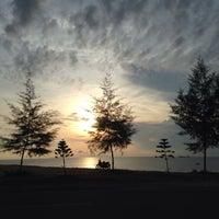 Photo taken at Pantai Teluk Lipat by naaa ✨ on 4/21/2017