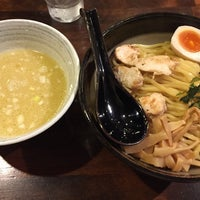 Photo taken at 麺屋 飛翔 by Rei S. on 10/15/2015