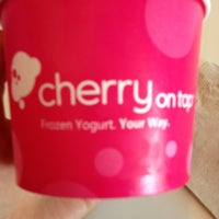 Photo taken at Cherry On Top Frozen Yogurt - Scottsdale by Bonnie G. on 4/25/2013