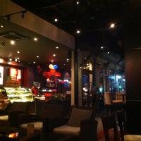 Photo taken at Highlands Coffee by Takayoshi K. on 11/1/2012