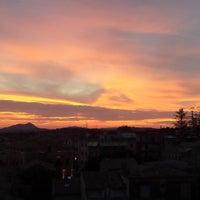 Foto tomada en Cavalieri Roof Garden por Cavalieri R. el 10/6/2015