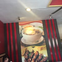 Photo taken at Chicken Bacolod by Akihito A. on 11/20/2016