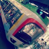 Photo taken at Monorail East Garden Station by Nijntje on 10/1/2012