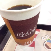 Photo taken at McDonald's 麦当劳 by Y A. on 10/29/2014