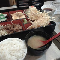 Photo taken at Sushi-Ya by Hanie P. on 7/15/2013