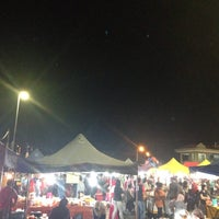 Photo taken at Pasar Malam Port Dickson by Fafaahmad on 10/29/2016