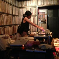 Photo taken at 골목 VINYL & PUB by Mike C. on 9/13/2013
