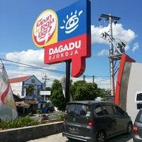 Photo taken at YOGYATOURIUM Dagadu Djokdja by Yudha D. on 8/12/2013