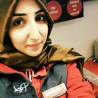 11/21/2016 tarihinde Ayşegül E.ziyaretçi tarafından MZH İletişim | Vodafone Shop'de çekilen fotoğraf