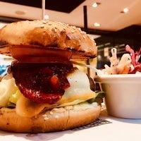 Photo taken at Gourmet Burger Kitchen by Richelle D. on 11/2/2017