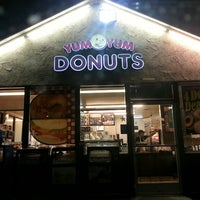 Photo taken at Yum Yum Donuts by Mark M. on 3/4/2013