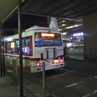 Photo taken at 京阪守口市駅 バスターミナル by ei2ei2_feather on 1/4/2017