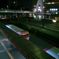 Photo taken at 京阪守口市駅 バスターミナル by ei2ei2_feather on 5/11/2017
