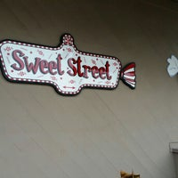 Photo taken at Sweet Street by Cat O. on 1/12/2016