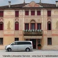 Foto scattata a Vianello Limousine Service da Vianello Limousine Service il 4/9/2015