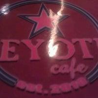 Foto scattata a Peyote Café da Claudio F. il 12/4/2013