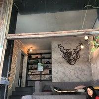 Foto tirada no(a) Stone Brewing Tap Room por David M. em 8/11/2018