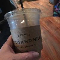 Foto tomada en Land of a Thousand Hills Coffee por Carrie B. el 9/30/2017