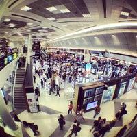 Photo taken at Doha International Airport (DOH) مطار الدوحة الدولي by Valentin-Narcis S. on 10/3/2012