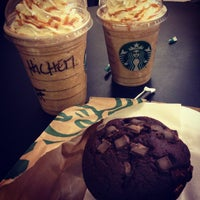 Photo taken at Starbucks by Hichem H. on 3/27/2013