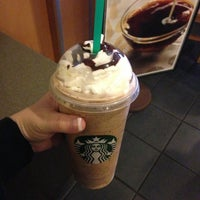 Photo taken at Starbucks by 💙Elizabeth💙 on 1/13/2013