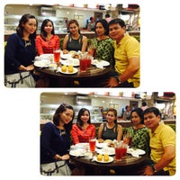 Photo taken at Kenny Rogers by Shine M. on 6/24/2015