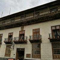 Foto tomada en La Casa De Los Balcones por Euthymia K. el 10/13/2017
